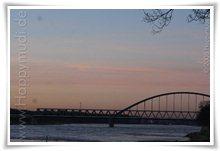 """Bild """"http://www.happymudi.de/allerlei/galerien/FOTOS-Abendstimmung-Rhein-2008/vorschau/IMG2008-02-09_122.jpg"""""""