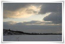 """Bild """"http://www.happymudi.de/allerlei/galerien/FOTOS-Schneespaziergang-Sarah-Moppel-Jan2009/vorschau/IMG2009-01-05_148_Landschaft.jpg"""""""